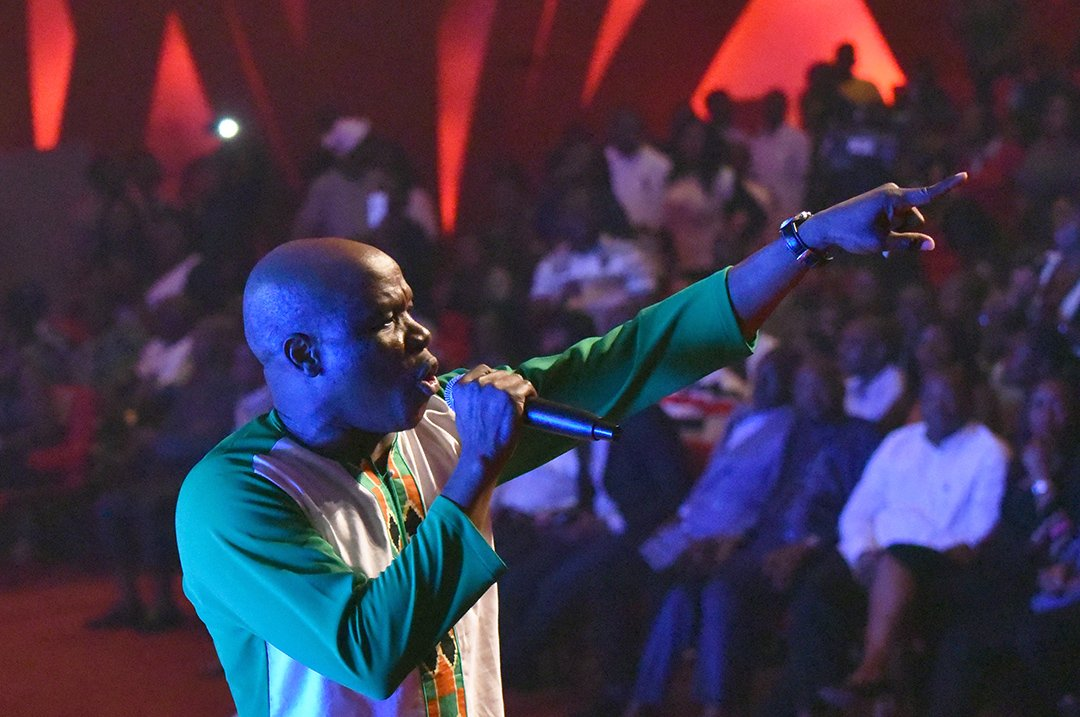 Salif Traore, alias A'Salfo, en concert à Abidjan, en août 2017