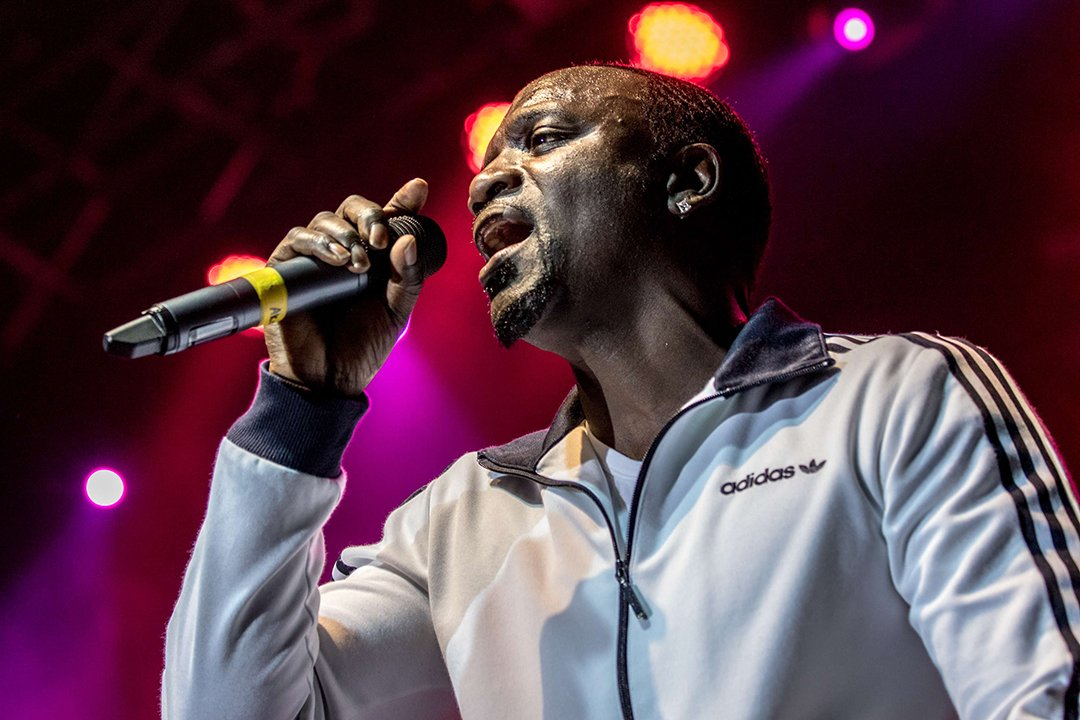 Akon, sur scène en Grande-bretagne en 2017. performing at the O2 Academy in Bournemouth