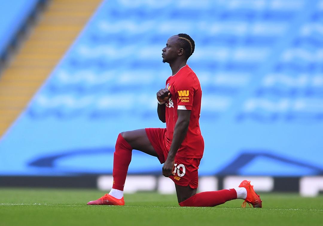 Sadio Mané, sous les couleurs de Liverpool, le 2 juillet 2020 à Manchester.