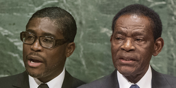 Teodoro Obiang Nguema Mbasogo (à dr.), président depuis 1979, et son fils Teodoro Nguema Obiang Mangue, surnommé Teodorín.