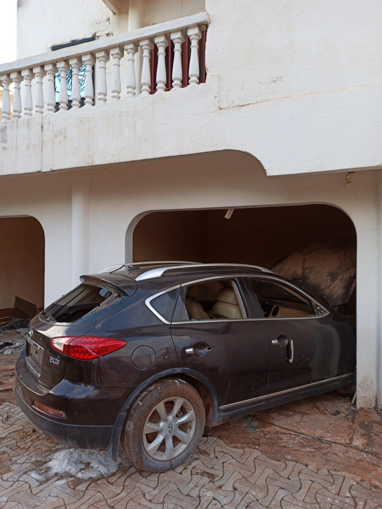 Dans la maison pillée de l'ancien ministre malien de la Justice, Kassoum Tapo, en août 2020, à Bamako.