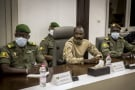 Le colonel Assimi Goïta, au ministère de la Défense à Bamako, le 22 août 2020.