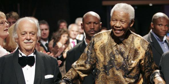 Geroge Bizos et Nelson Mandela, en novembre 2008 à Johannesburg.