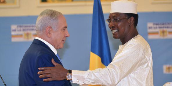 Le Premier ministre israélien Benyamin Netanyahou et le président tchadien Idriss Déby Itno, au palais présidentiel, à N'Djamena, en janvier 2019.