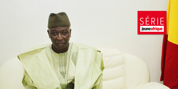 Bah N'Daw, le président de la transition au Mali, ici en mai 2014 lorsqu'il était ministre de la Défense.
