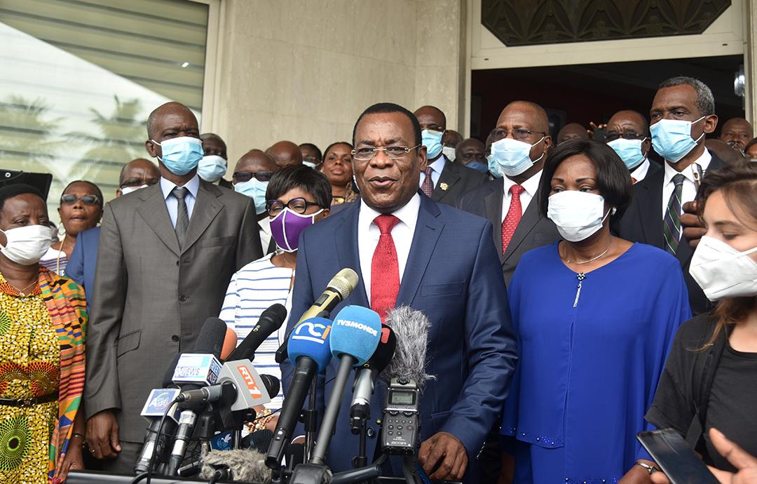 Pascal Affi N'Guessan après le dépôt de sa candidature au siège de la CEI, le 27 août 2020, à Abidjan