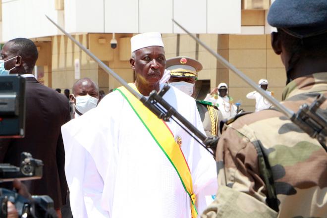 """Mali - Niagalé Bagayoko : """" La junte veut conserver un contrôle sur l'appareil d'État """""""