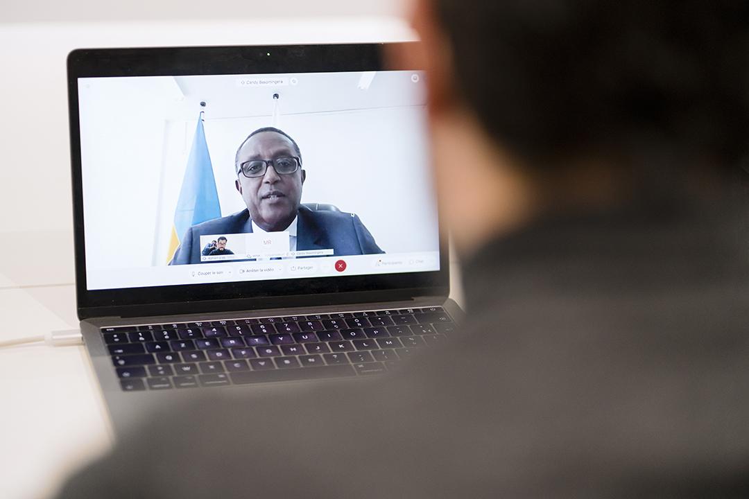 Interview du ministre rwandais des Affaires étrangères Vincent Biruta le 28 septembre 2020.