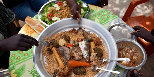 Le tièèbou dien a été créé par la Sénégalaise Penda Mbaye.