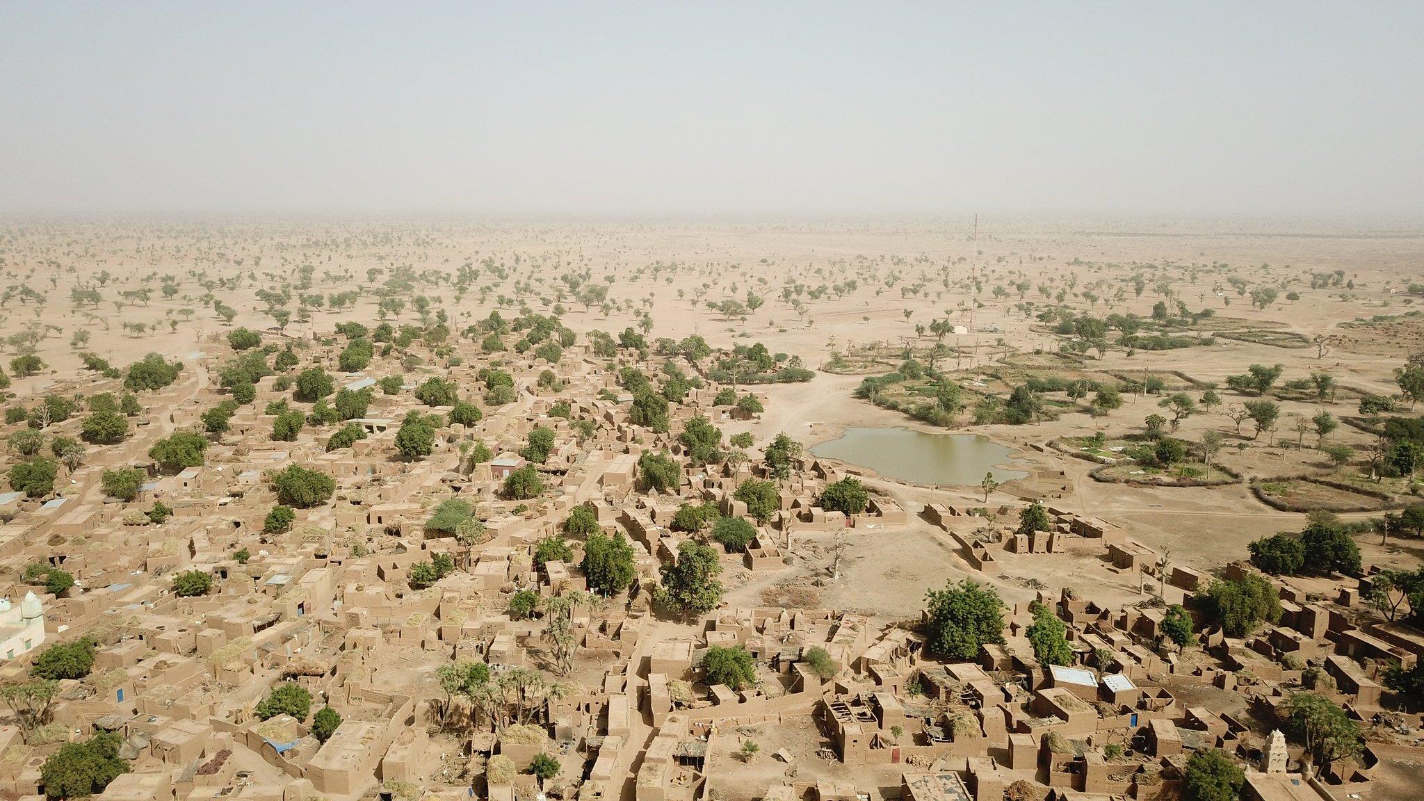 Vue aérienne d'un village du cercle de Koro, dans la région de Mopti, en décembre 2018.