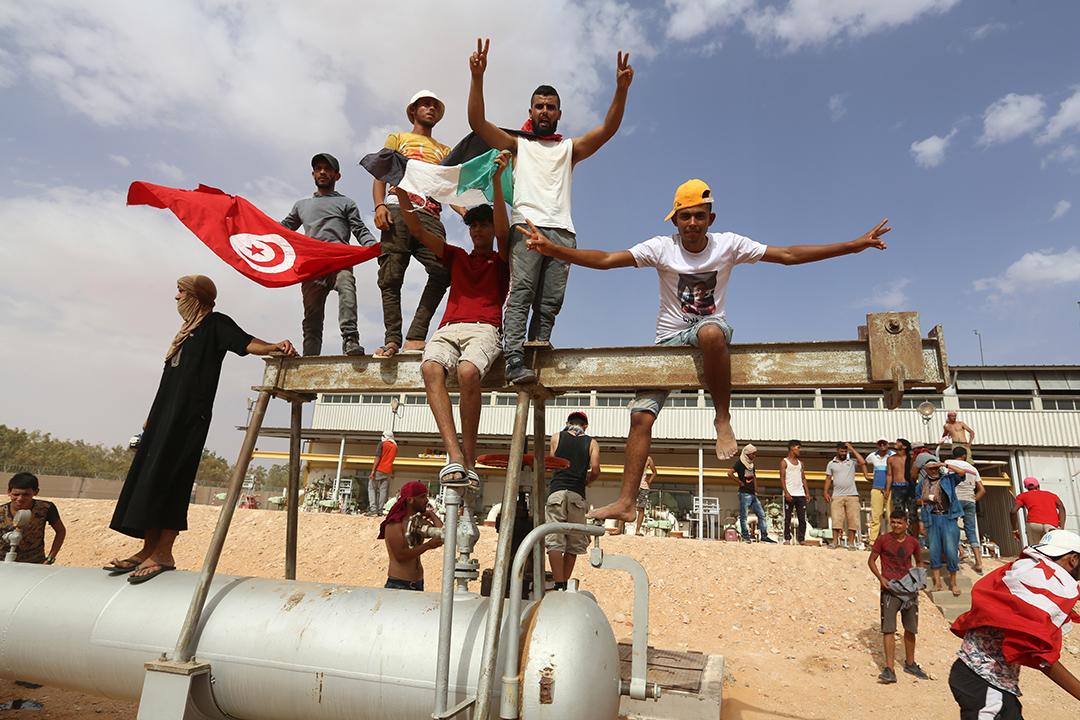 Sit-in sur le site d'extraction pétrolière d'El-Kammour, dans le gouvernorat de Tataouine, en Tunisie.