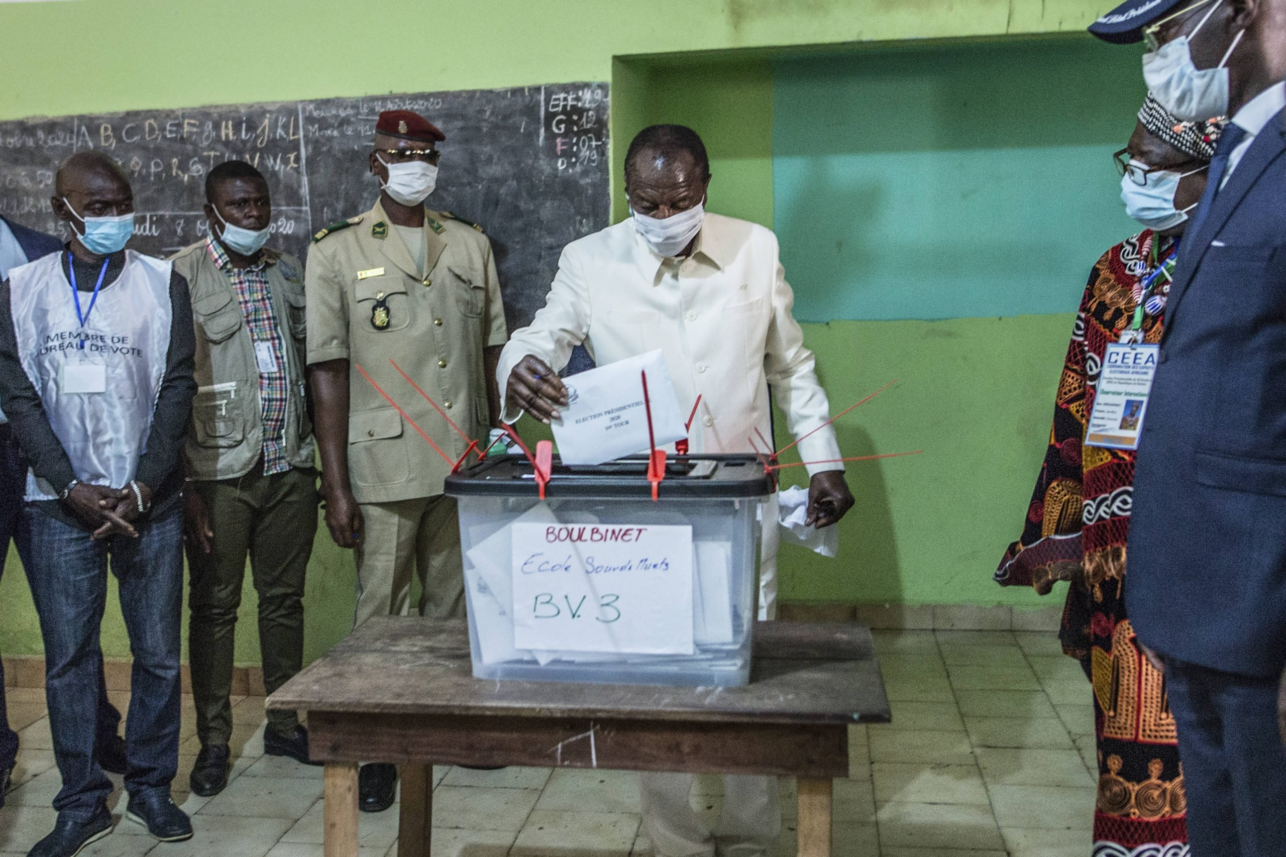 Outgoing president Alpha Condé votes in Conakry on October 18, 2020.