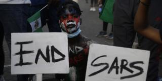 Une fillette lors d'une manifestation contre les violences policières à Lagos, le 18 octobre 2020.