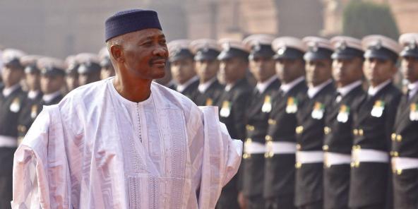 L'ancien président malien Amadou Toumani Touré, ici en 2012 lors d'une visite officielle en Inde, est décédé dans la nuit du 9 au 10 novembre 2020.