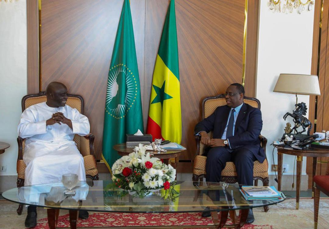 Macky Sall, le président sénégalais, reçoit Idrissa Seck, le 4 novembre 2020.