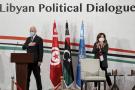 La représentante par intérim de l'UNSMIL, Stéphanie Williams, assiste à l'ouverture du Forum politique libyen organisé dans la banlieue de Tunis, en présence du président Kais Saied, le 9 novembre 2020.
