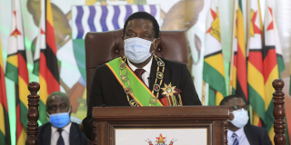 Le président zimbabwéen Emmerson Mnangagwa à Harare, Zimbabwe, le 22 octobre 2020.