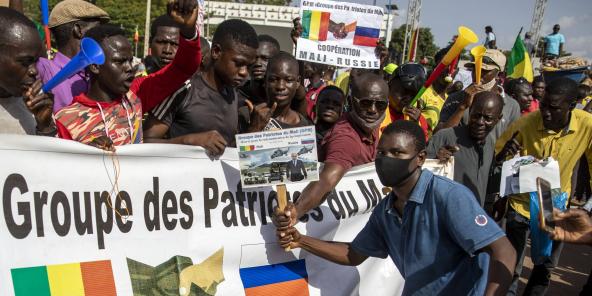 Lors d'une manifestation contre la France, à Bamako, le 22 septembre 2020.