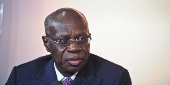Initialement reconduit pour un sixième mandat le 26 novembre, Albert Yuma avait vu son élection annulée par le conseil d'État le lendemain.