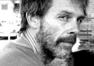 Yann Fastier est un auteur et illustrateur français d'ouvrages pour la jeunesse.