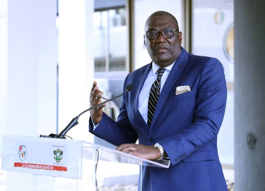 Le directeur général de la Santé, Mamadou Samba, lors du point de presse quotidien sur le Coronavirus, à Abidjan.