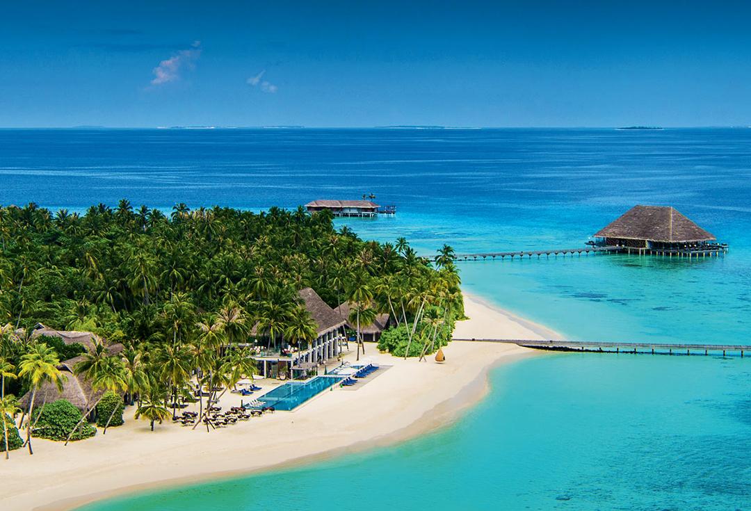 Pour ses vacances d'été, MBS jette son dévolu sur les Maldives, et le très select Velaa Resort.