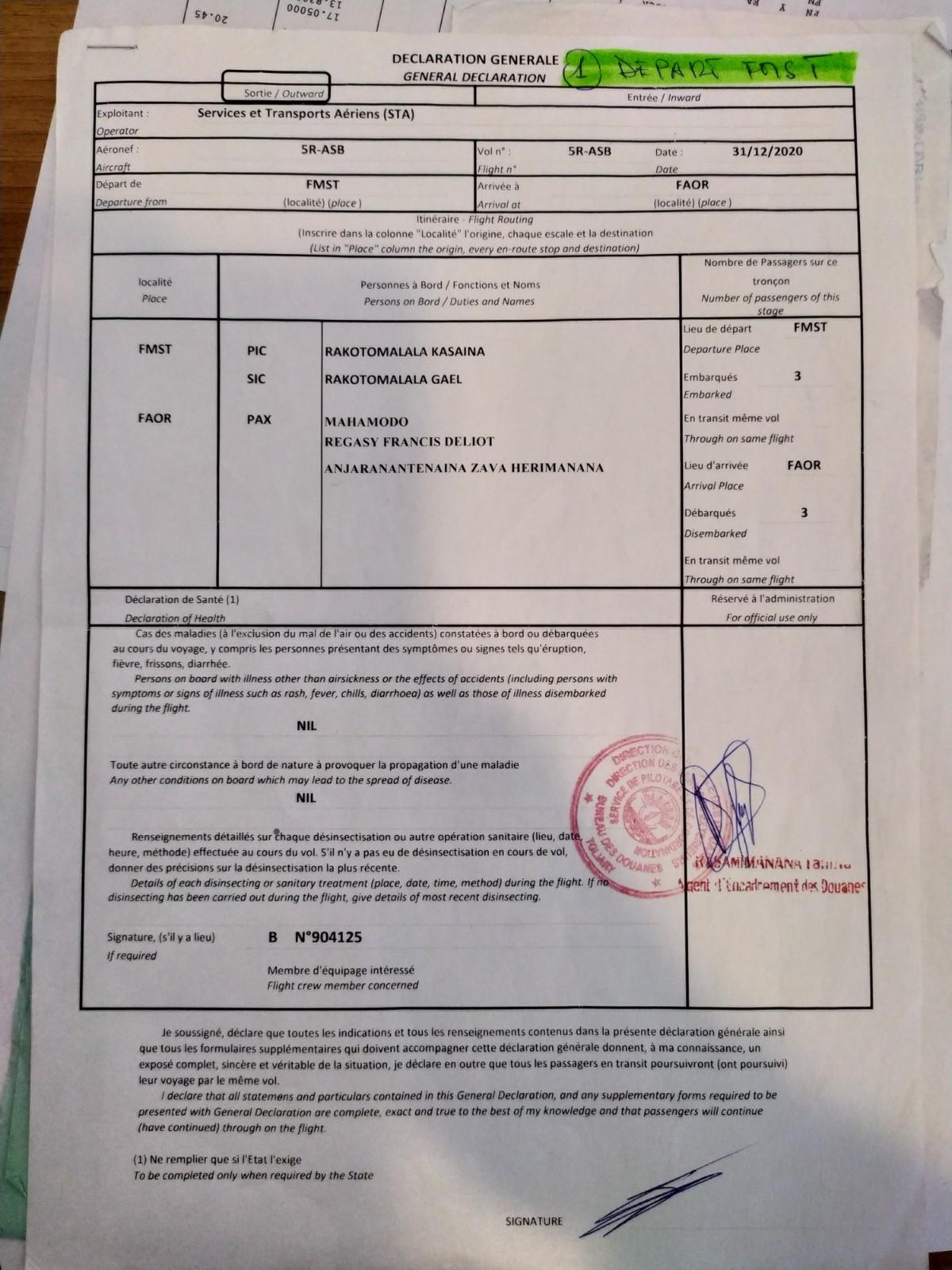 La déclaration de la douane malgache de Tuléar, signée et tamponnée par le douanier sur place.