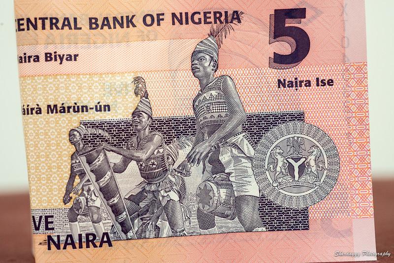 La devise nationale du Nigeria est le naira.