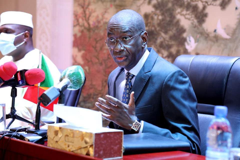 Le Premier ministre Moctar Ouane, le 10 février 2021, lors de la rencontre avec les partis politiques.