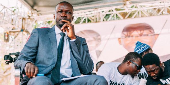 L'opposant Ousmane Sonko, lors d'une rencontre avec Y en a marre, en février 2021.
