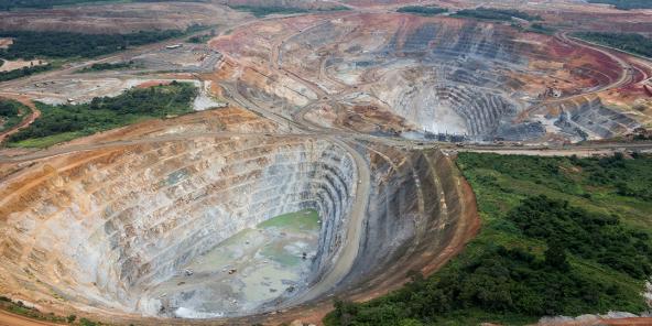 La mine de cuivre Frontier à Sakania, à la frontière avec la Zambie, à l'extrême sud-est de la province minière du Katanga, en RDC, propriété de la multinationale d'origine kazakhe basée au Luxembourg ERG.