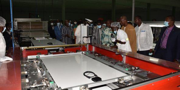 L'usine de montage de panneaux solaire de Faso Energy, en banlieue nord de Ouagadougou.