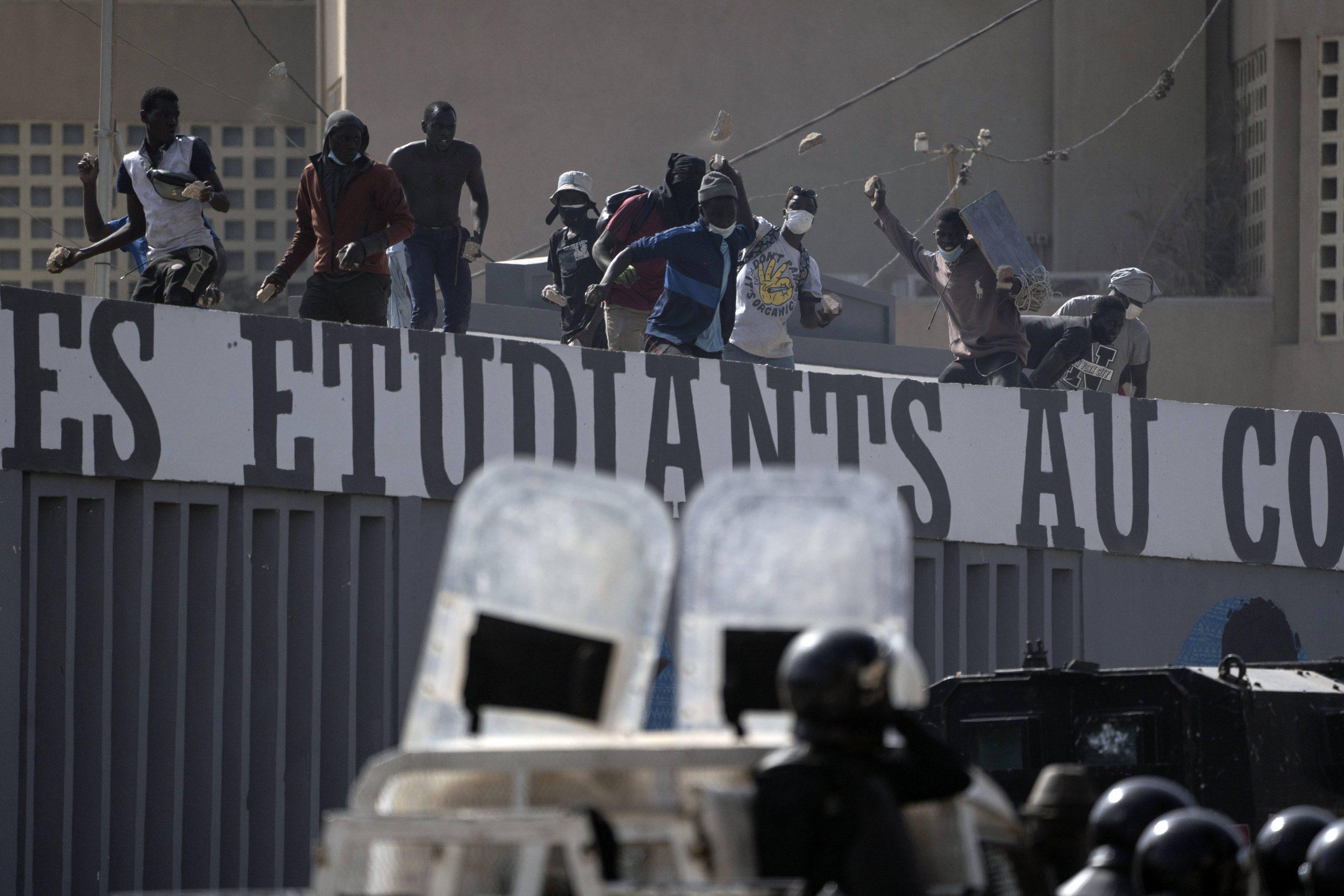 Affrontements entre étudiants et forces de l'ordre, à l'université Cheikh Anta Diop de Dakar, le 4 mars 2021.