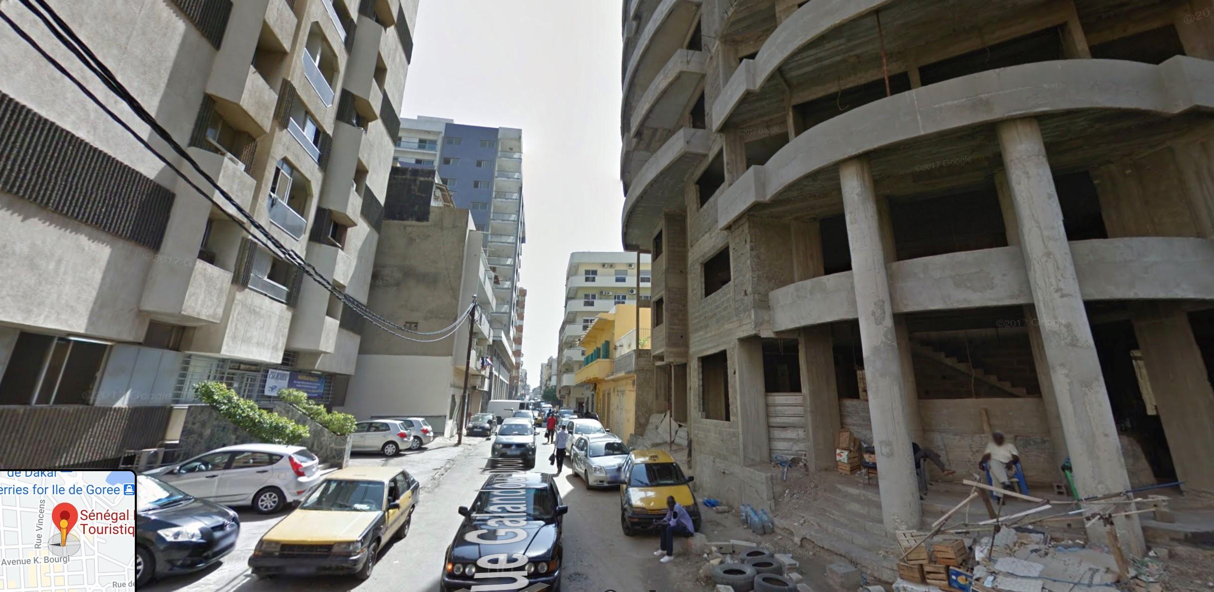 Capture d'écran de Google Street View montrant les lieux sur lesquels a été tournée la vidéo.