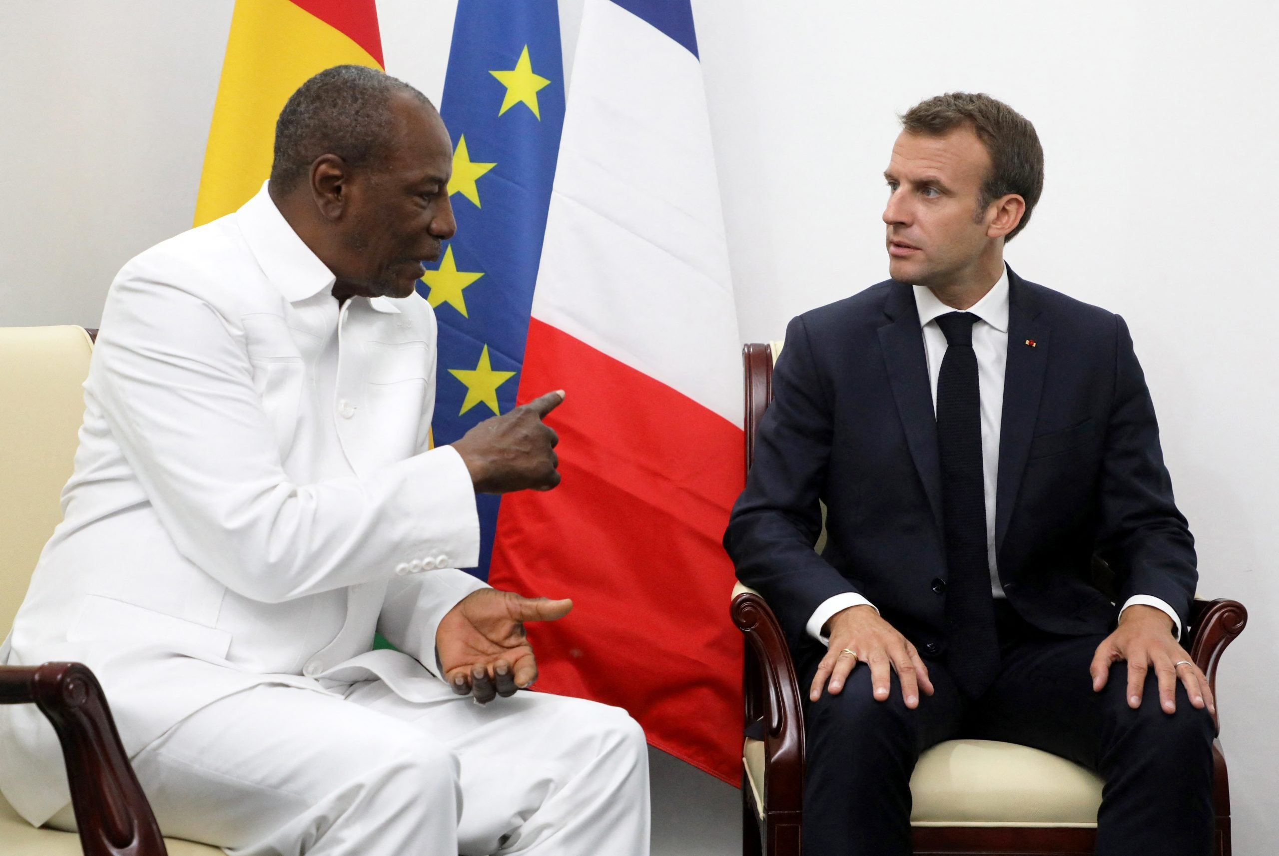 Alpha Condé et Emmanuel Macron, à Noukchott, le 2 juillet 2018.