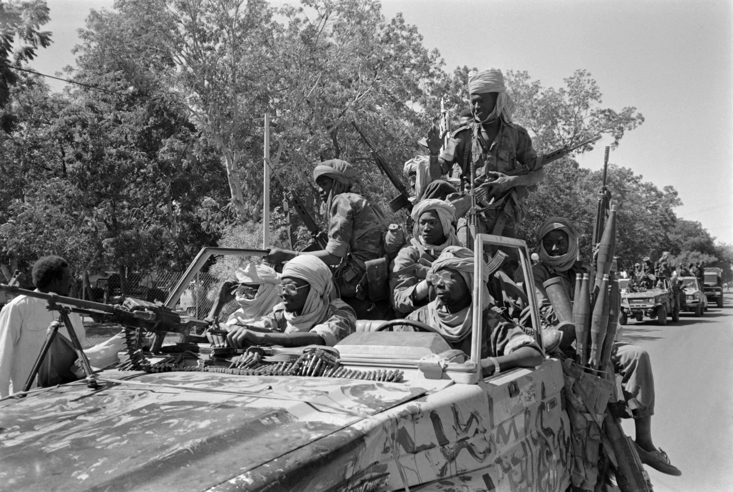 Le 2 décembre 1990, les troupes d'Idriss Déby Itno entrent dans N'Djamena, qu'a fui le président Hissène Habré deux jours plus tôt.