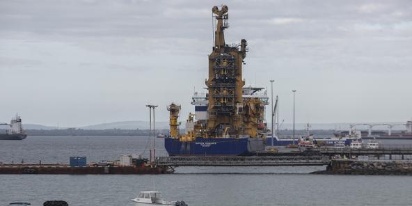 Des bateaux de toutes tailles ont été déroutés vers le port de Palma pour secourir les habitants réfugiés sur la plage.