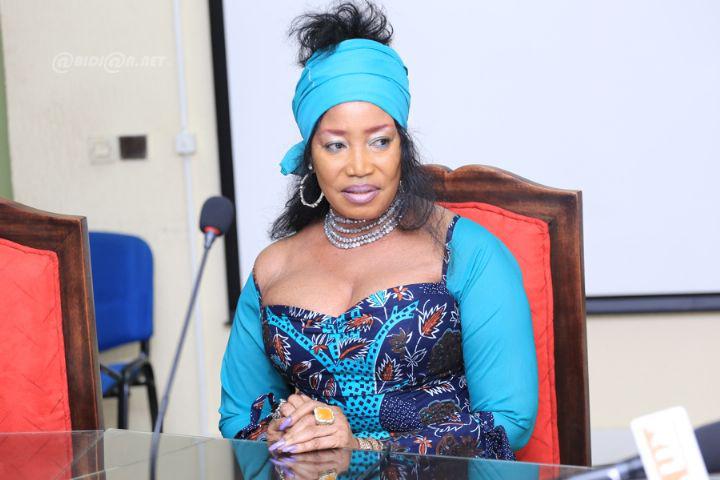 Akissi Delta dans «Ma grande famille».