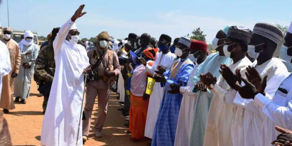 Le maréchal-président Idriss Déby Itno en campagne à Bongor, dans le Mayo-Kebbi Est.