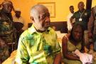 Laurent et Simone Gbagbo dans l'hôtel Golf d'Abidjan après leur arrestation, le 11 avril 2011.