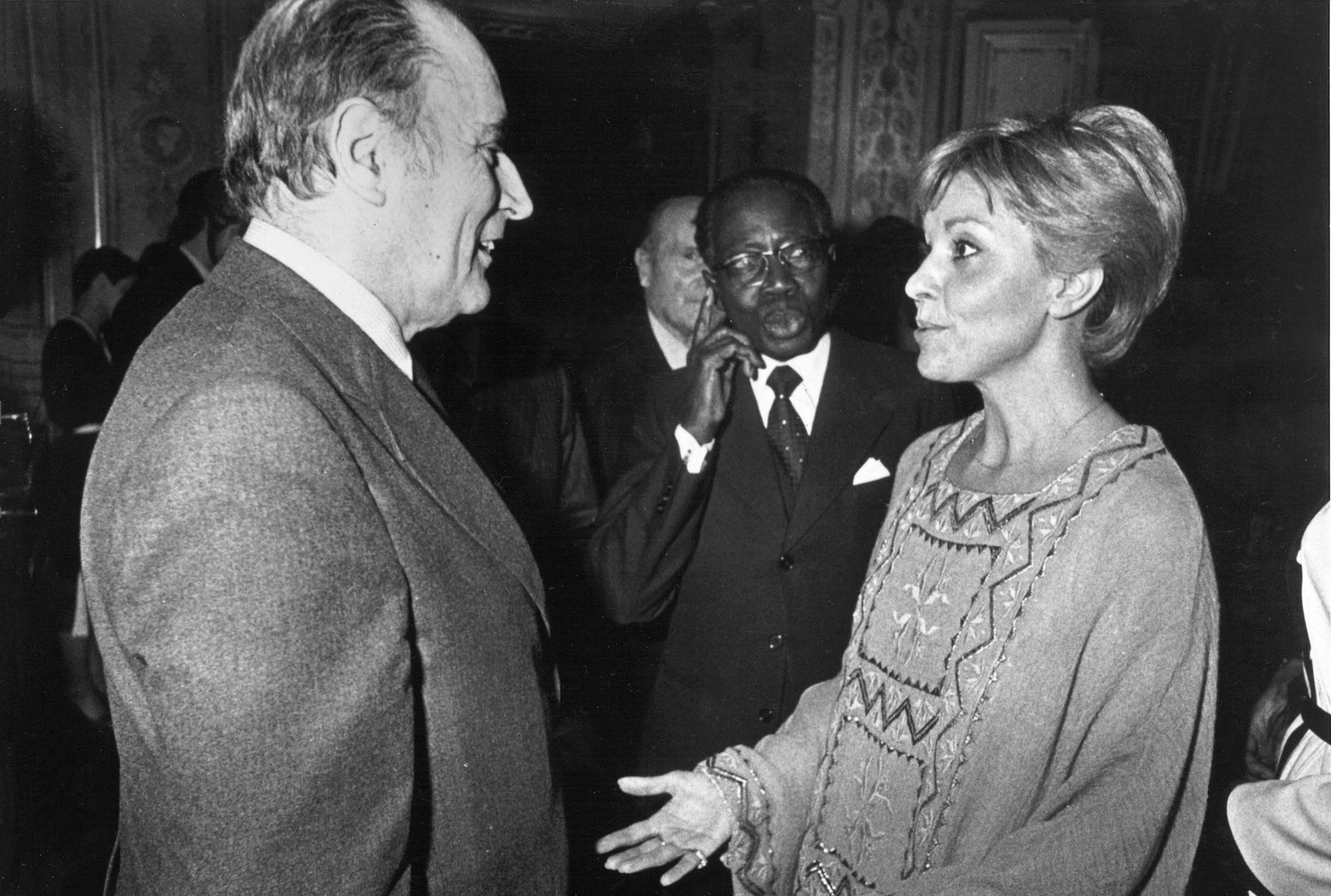 Danielle Ben Yahmed et François Mitterrand, Paris, en novembre 1981.
