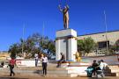 La place de la Poste, appelée aussi place Moïse-Tshombe (qui fut président de l'État du Katanga indépendant de juillet1960 à janvier1963), à Lubumbashi.