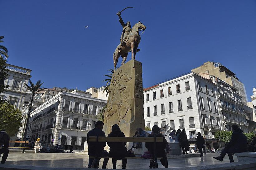 La statue d'Abdelkader, dans le centre d'Alger, en janvier 2021.