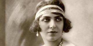 Mounira Al Mahdiyya, considérée aujourd'hui comme la plus grande chanteuse égyptienne de l'entre-deux guerres.