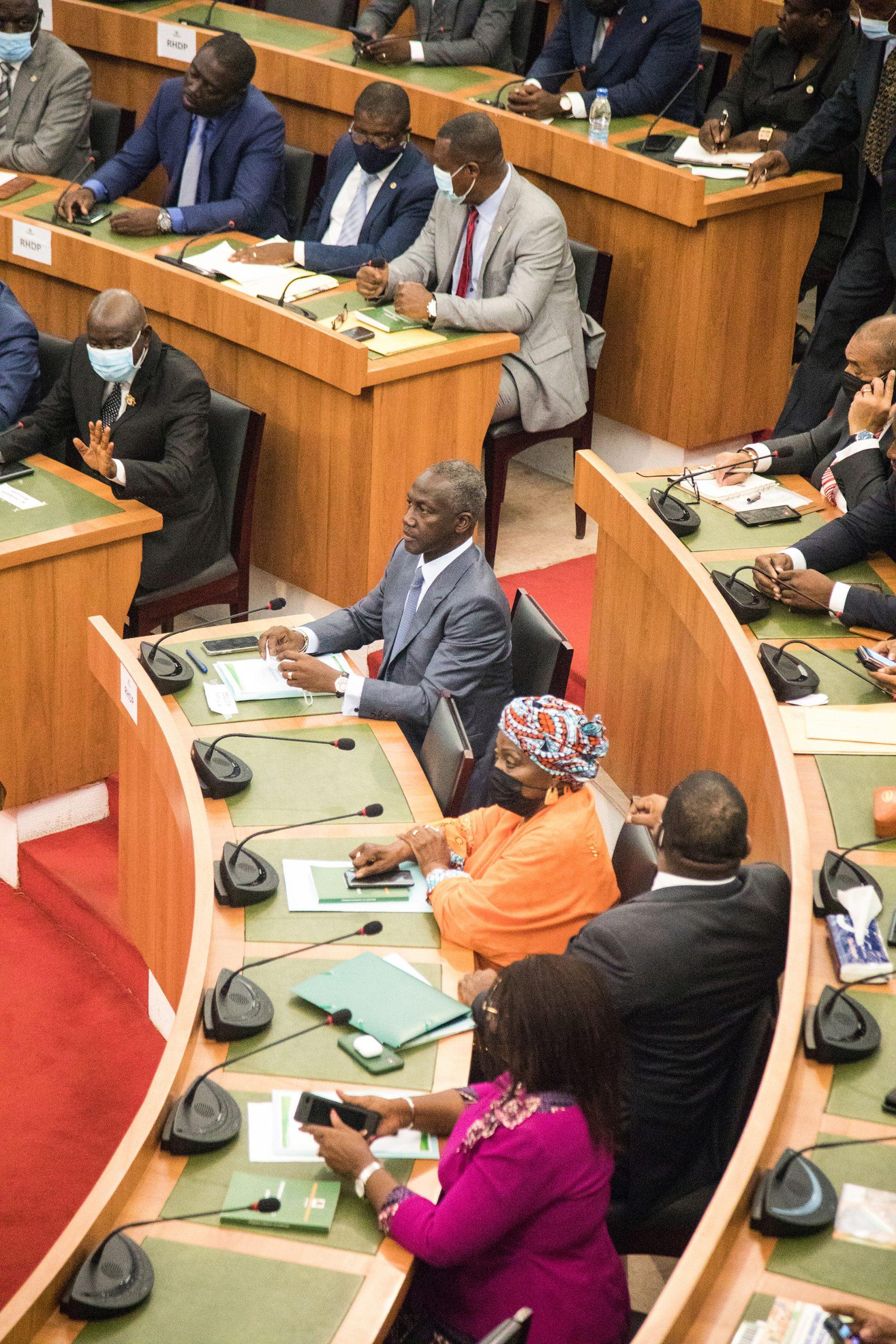 Adama Bictogo, à l'Assemblée nationale ivoirienne, à Abidjan, le 5 mai 2021.
