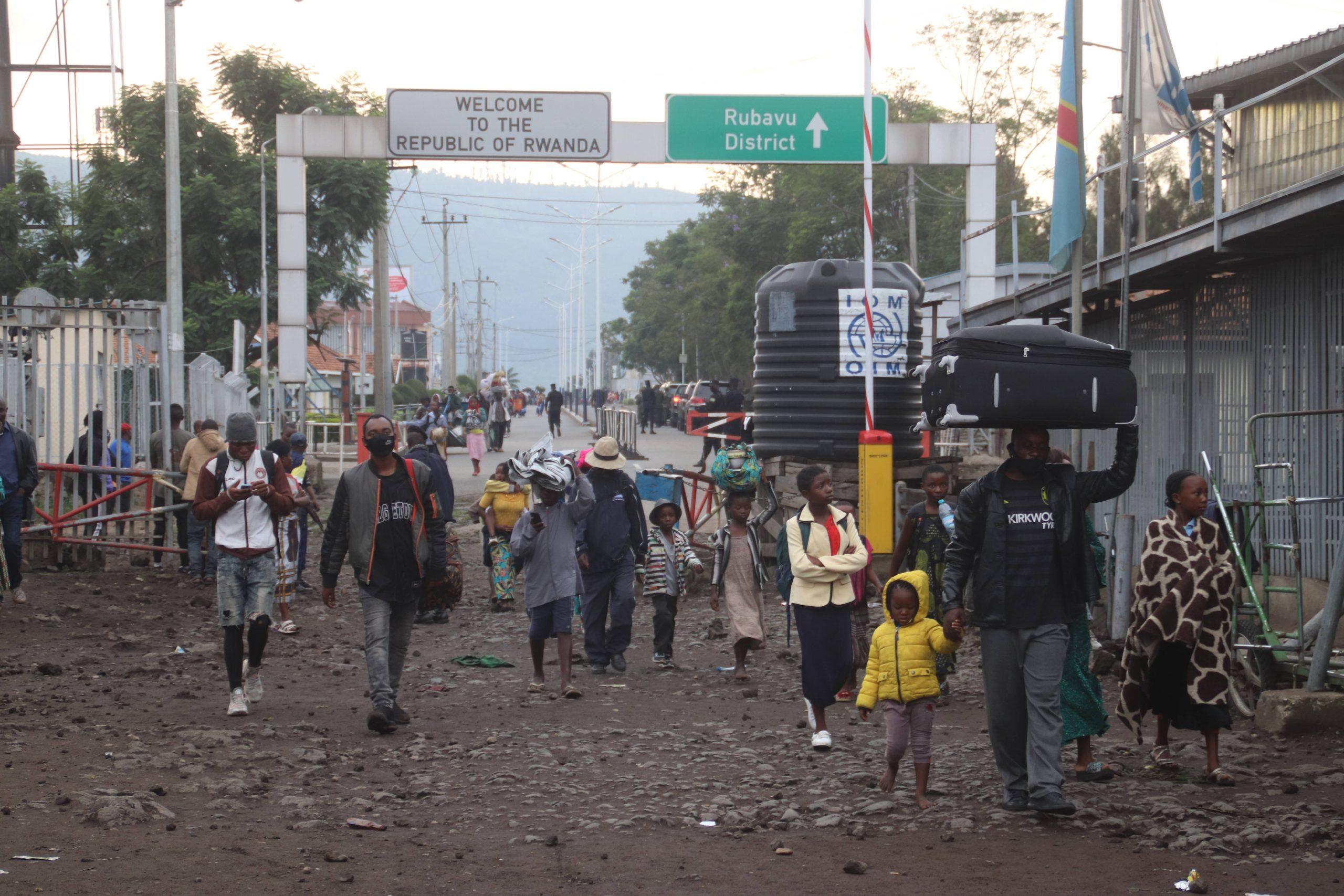 Des habitants de Goma qui avaient fui vers le Rwanda après l'éruption de samedi 22 mai 2021 sont rentrés en RDC dès le lendemain.