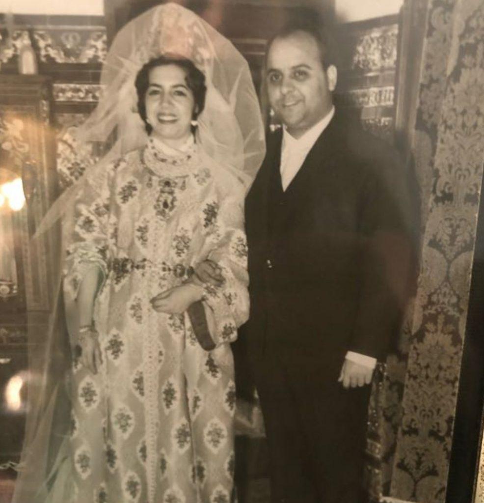 Le mariage du docteur Fadel Benyaich, médecin personnel du roi Hassan II, et de Carmen Milan a été célébré à Tétouan selon les traditions marocaines.