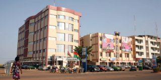 Vue du boulevard France-Afrique, à Ouagadougou, Burkina Faso.