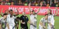 L'équipe algérienne et son entraîneur lors de leur victoire en finale de la Coupe d'Afrique des Nations 2019 face au Sénégal.