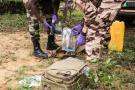 L'AILCT met en situation d'attaque terroriste des militaires élèves à Jacqueville, à 50 km d'Abidjan (ici la zone de recueil de preuves).